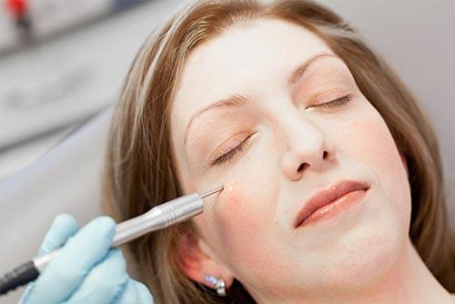 Kosmetische Dermatologie